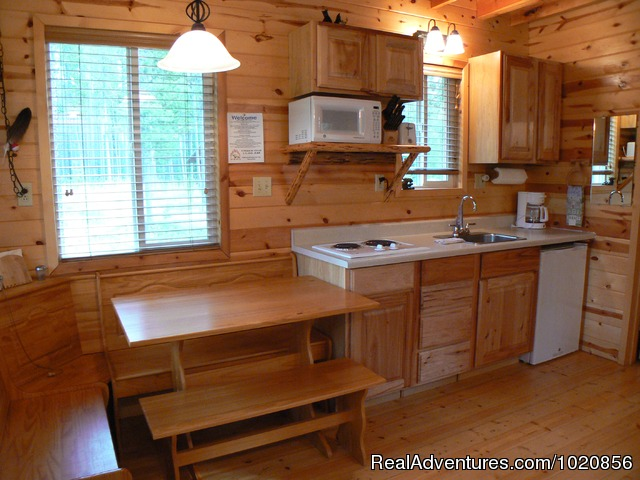 Ltl. Bear / Ltl. Griz Cabins - Glacier Park Lodge and Cabins at Smoky Bear Ranch