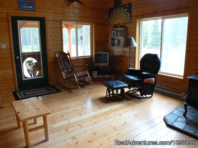 Grizzly Cabin - Glacier Park Lodge and Cabins at Smoky Bear Ranch