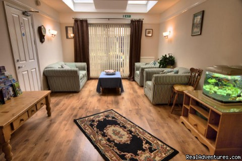 Guests' lounge - Arbor Linden Lodge, Linden House, Norwich,