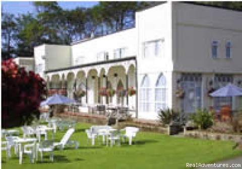 hotel Verandah and lawns - Langstone Cliff Hotel, Dawlish Warren, Dawlish