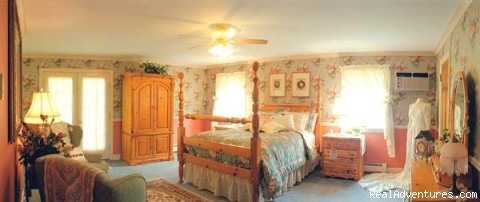 The Blue Max Inn Chesapeake City, Maryland Bed & Breakfasts