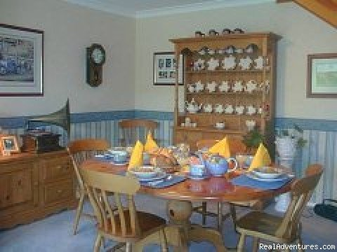 Private breakfast room | Image #2/3 | Sorrento House Bed & Breakfast