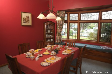 Breakfast Room - Rosewood Bed & Breakfast