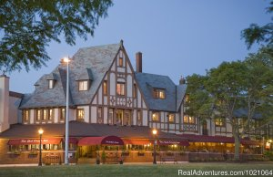 The Red Coach Inn Bed & Breakfasts Niagara Falls, New York