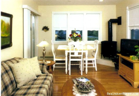 Photo #3 - 'By the Sea' Guests Bed & Breakfast & Suites