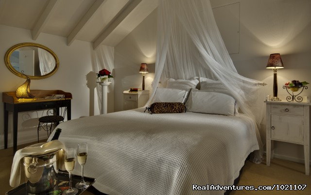 Dormer Suite - A Luxury Getaway in the Wine Region Marlborough