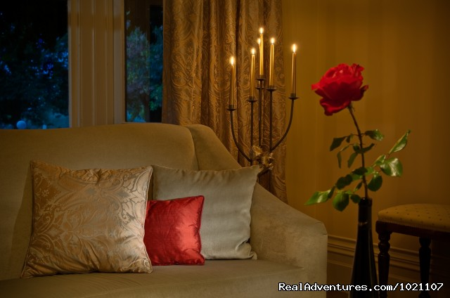 Heidi's good hand in decorations - A Luxury Getaway in the Wine Region Marlborough