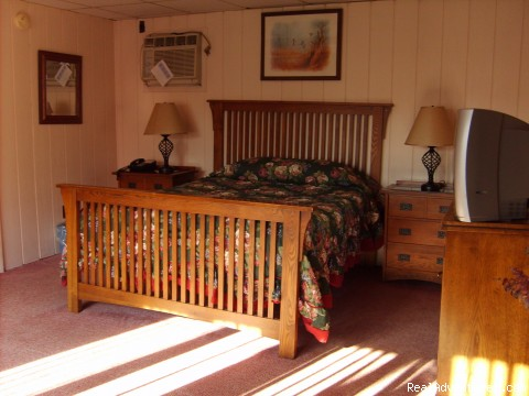 Cottage Sleeping Accomodations - Mt. Haven Country Resort & Restaurant