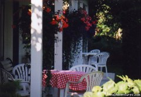 - Lakeside Country Inn on Kamloops Lake