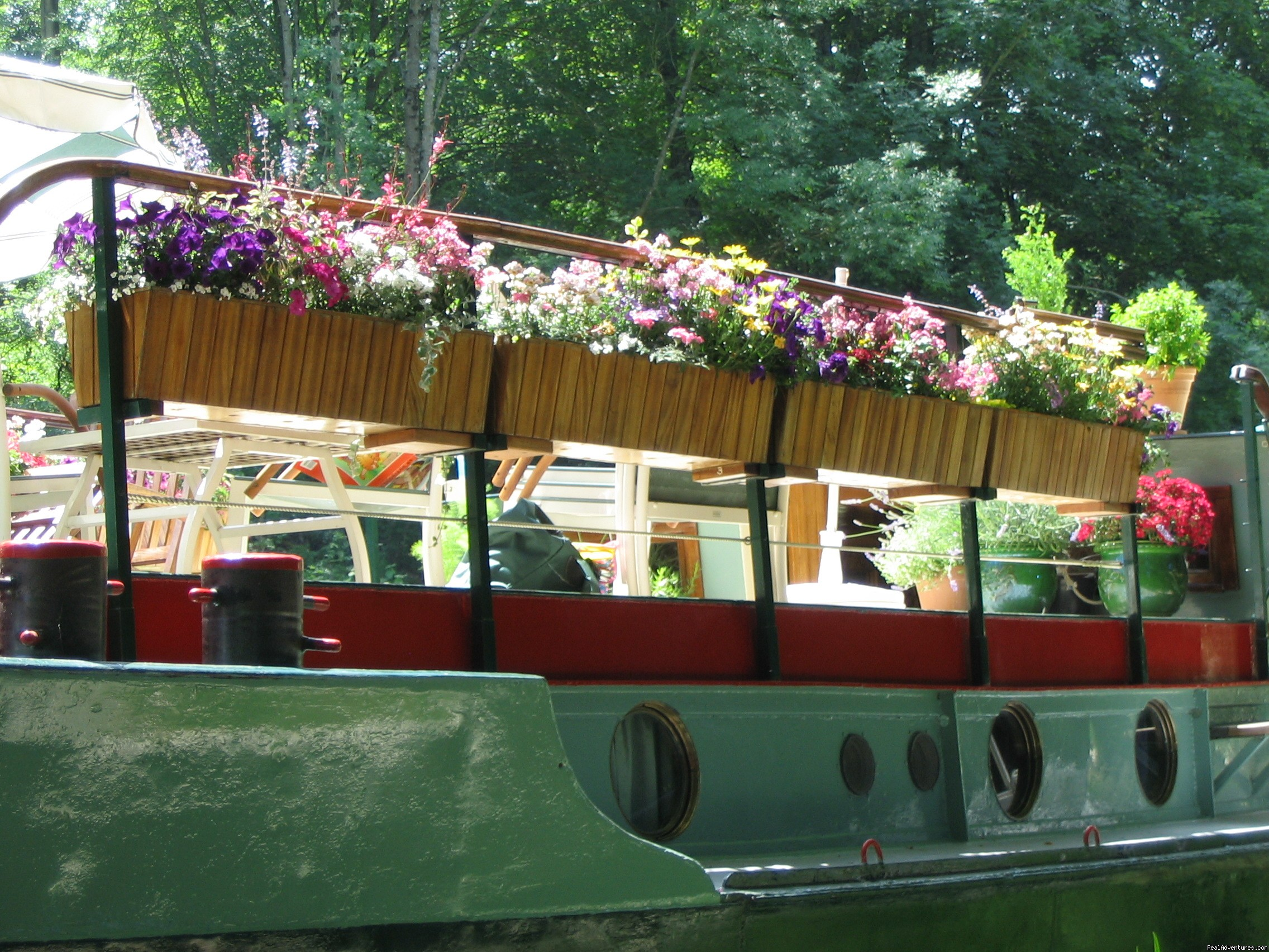 Summer Flowers on deck  | Image #5/5 | Barge Vacations