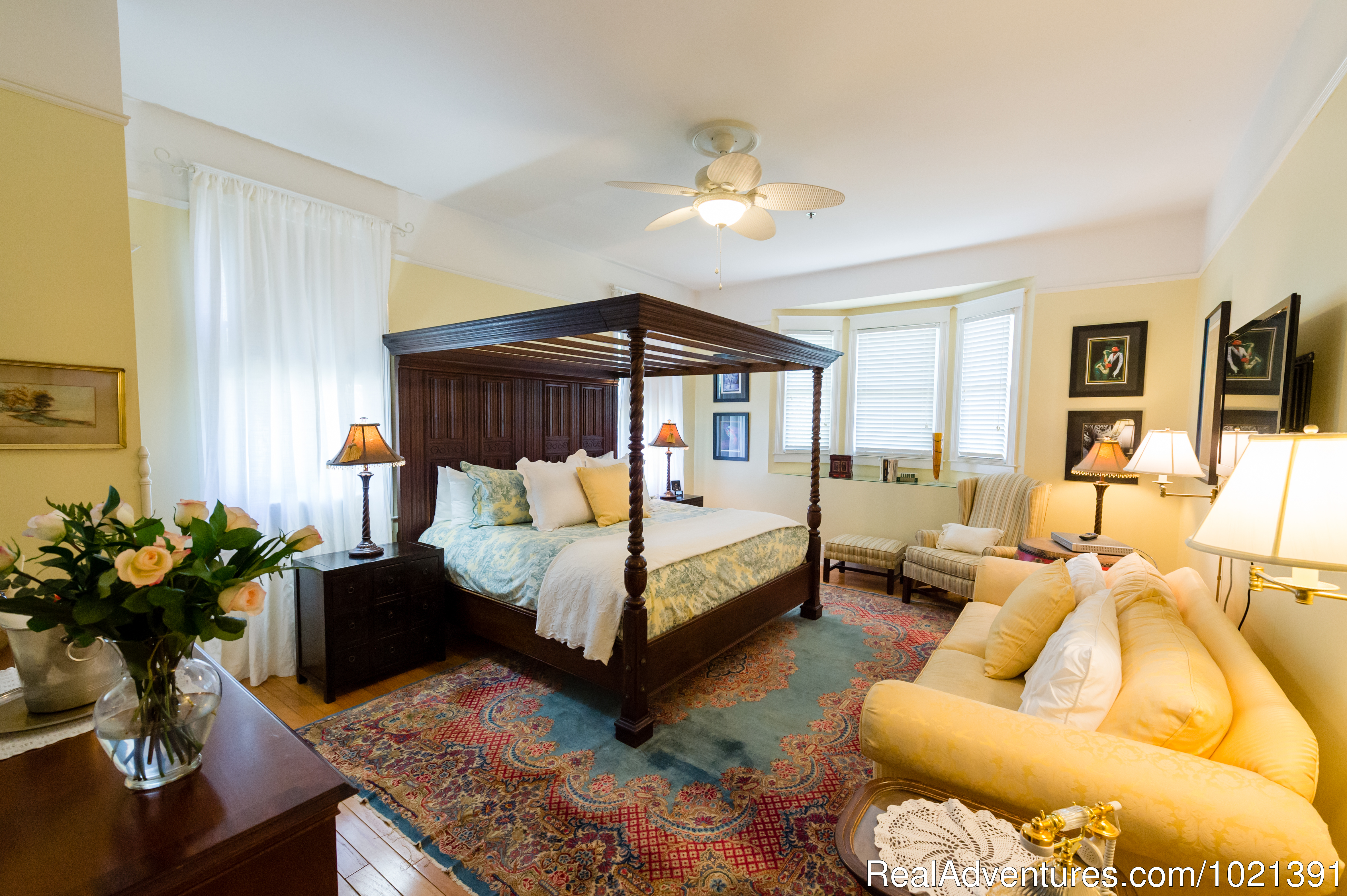 Room 5 - Mizell Suite | Image #6/16 | Hoyt House Bed and Breakfast