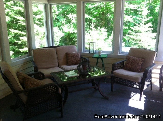 Screened In Porch | Image #8/9 | Youngtown Inn & Restaurant