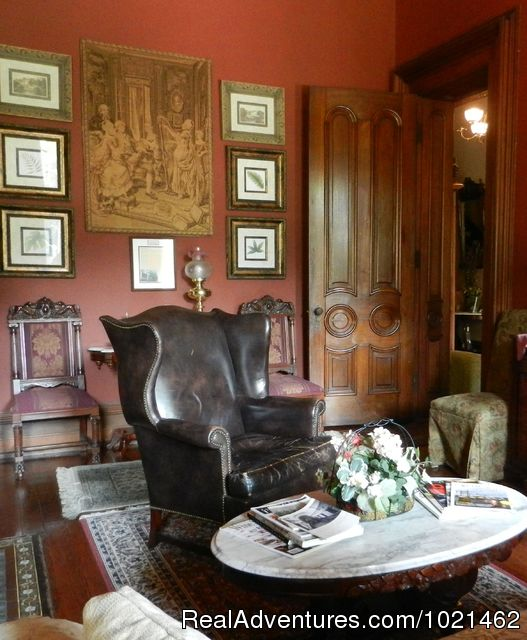 The Red room - The Harry Packer Mansion Inn