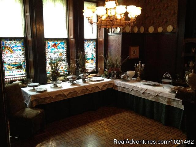 The Original Dining room - The Harry Packer Mansion Inn