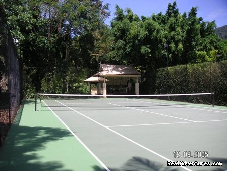 tennis court - Oasis at Palm Cove