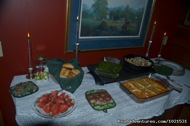 Breakfast buffet at the Iron Mountain Inn B&B - Romantic or Family Vacation in the Mountains