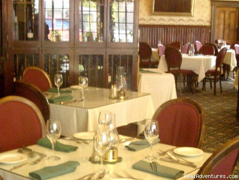 Acclaimed Dining - Historic Gold Rush National Hotel near Yosemite