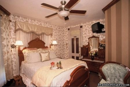 Image #3/7 | Historic Scanlan House Bed and Breakfast Inn