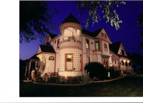 Historic Scanlan House Bed and Breakfast | Image #2/7 | Historic Scanlan House Bed and Breakfast Inn