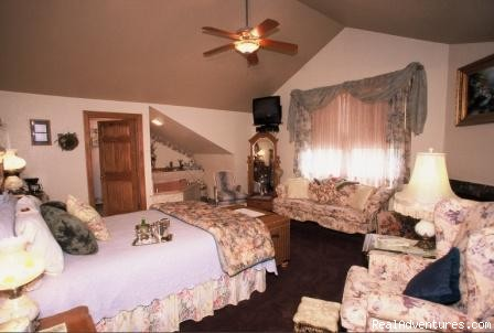 - Historic Scanlan House Bed and Breakfast Inn