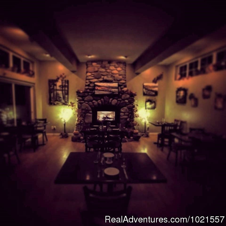 Romantic Dining Room | Image #5/25 | Camano Island Waterfront Inn