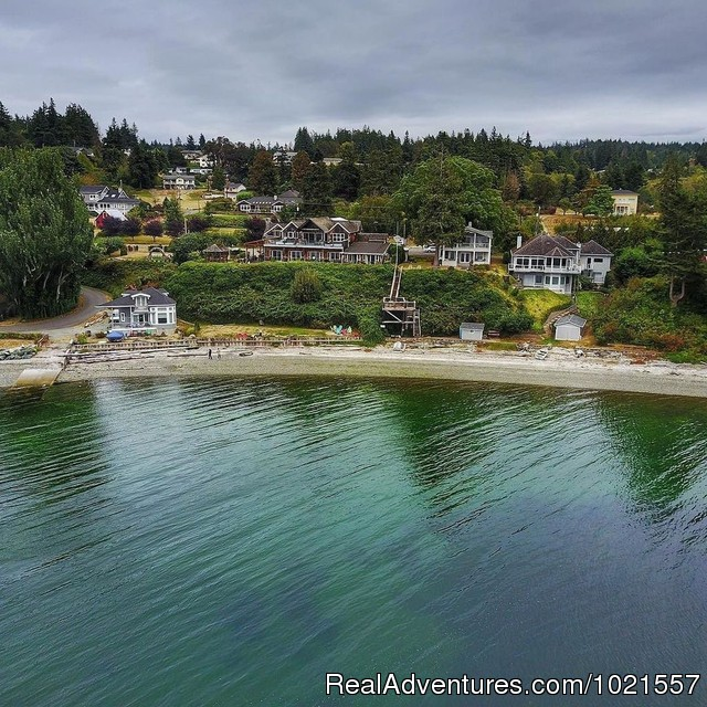 Picture of inn drone style - Camano Island Waterfront Inn