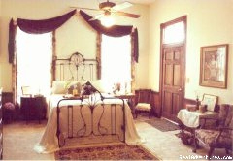 Anna's Room | Image #3/7 | Rocky Mount Bed and Breakfast
