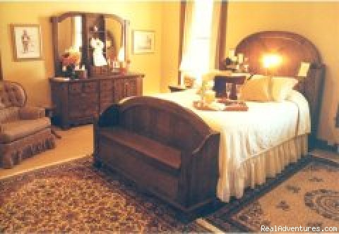 The Master's Room - Rocky Mount Bed and Breakfast