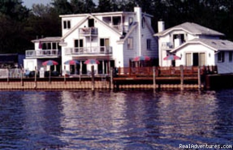 Romantic elegance at BaySide Inn BaySide Inn
