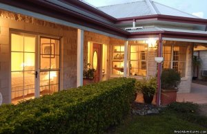 Noosa Valley Manor Luxury B & B Retreat Noosa , Australia Bed & Breakfasts