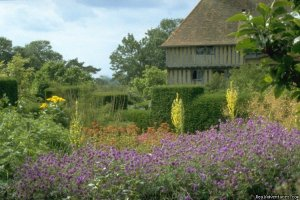 England garden tour with Chelsea Flower Show. London, United Kingdom Sight-Seeing Tours