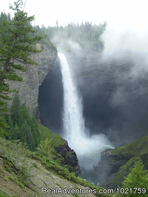 Helmecken falls - Small Group Rockies & Vancouver Island Vacations