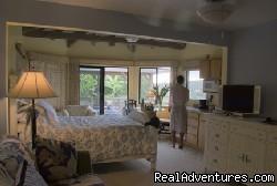 Image #3 of 4 - Majorie's Kauai Inn