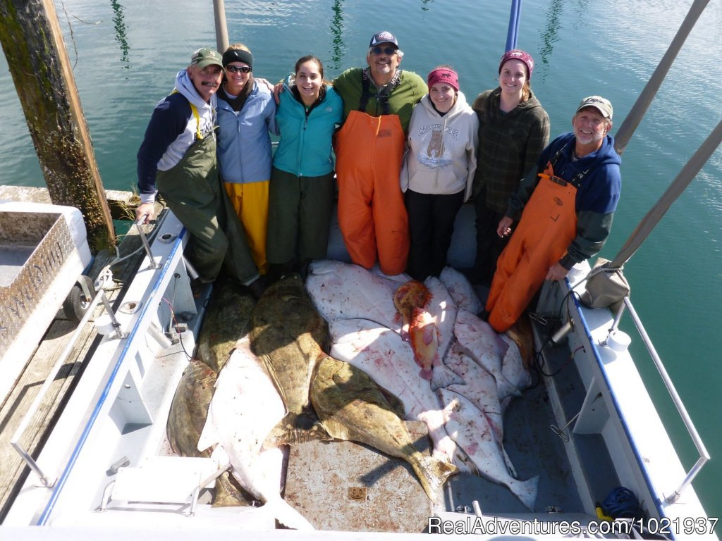Smiles all round | Image #9/10 | Fantastic Deep-Sea Fishing in Alaska