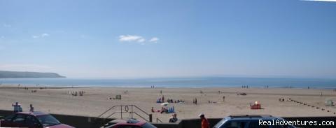 the beach opposite - Min-y-Mor Hotel