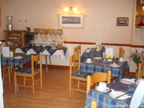 Dining Room - Westbourne Guest House - Riverside location