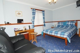 MacGillivray Room - Westbourne Guest House - Riverside location