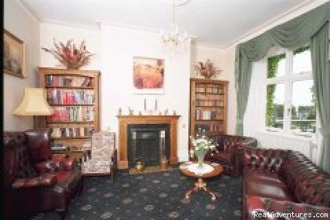 Library - Leconfield Hotel - Isle of Wight