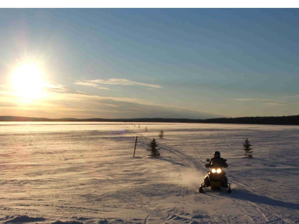 We also offer snowmobiling adventures | Image #2/17 | Dog sledding at Auberge and Nordic Spa Beaux Reves