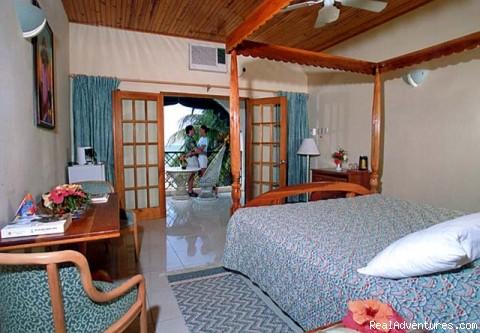 Charela Inn OceanView Bedroom