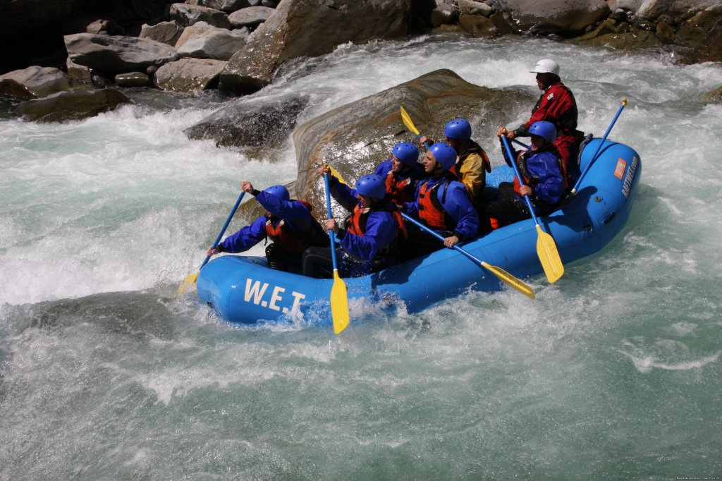 WET River Trips on American Whitewater | Image #2/6 | California Whitewater Rafting W.E.T. River Trips