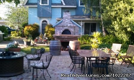 Patio Area with Pizza Oven at the Haydon Street Inn - Wonderful B&B in the Heart of Healdsburg