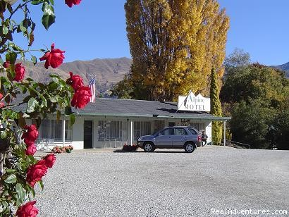 Alpine Motel Apartments -wanaka Nz: Alpine Motel Apartments - Wanaka NZ