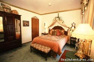 The Olin Room - The Roosevelt Inn, Bed and Breakfast