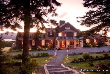 Lodge at Twilight | Image #12/15 | Lodge at Moosehead Lake for Nature Loving Hideaway