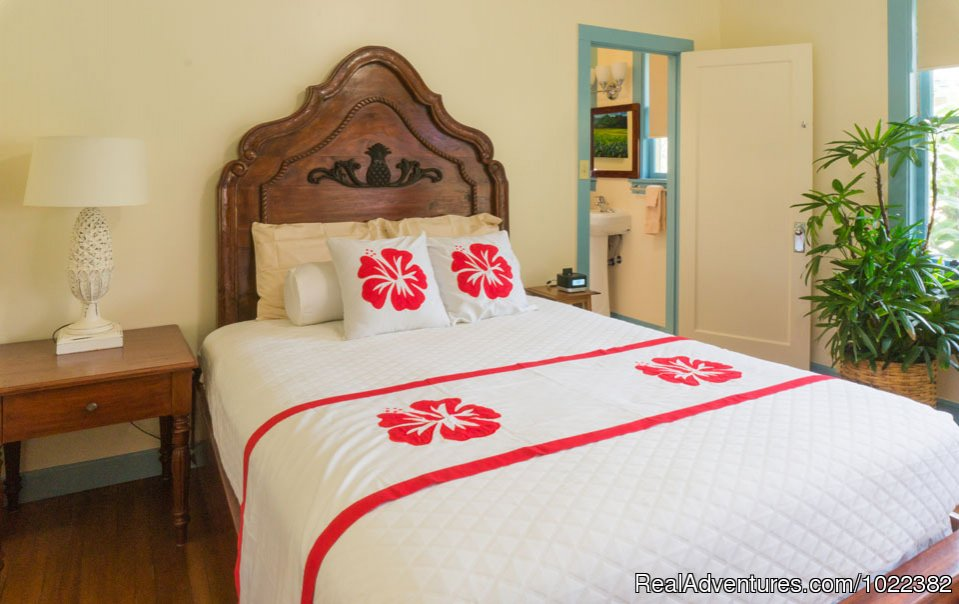 Bed and Breakfast Garden Suite | Image #7/23 | Kauai B&B Inn & Vacation Rentals with a/c