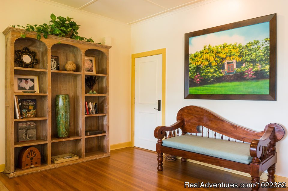 Bed and Breakfast library room | Image #19/23 | Kauai B&B Inn & Vacation Rentals with a/c