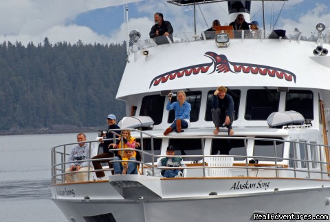 Whale watching on Alaskan Song - Alaska Yacht Charters Aboard Alaskan Song