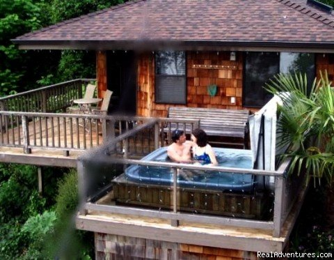 Your Own Private Hot Tub | Image #1/8 | Seattle, Washington  | Vacation Rentals | Soundview Cottage B&B