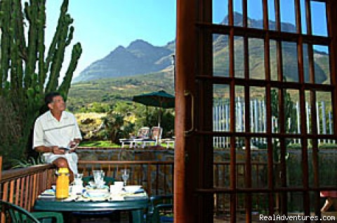 view from a patio : Cape Town Devil's Peak - Cape Town Eagle's Nest Guest House, South Africa